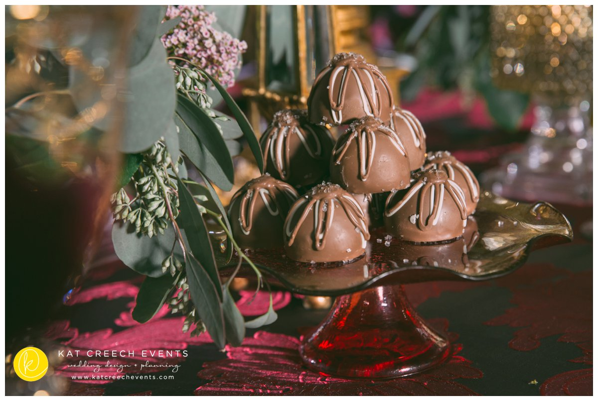 chocolate truffles | wedding dessert | kat creech events |wedding stylist