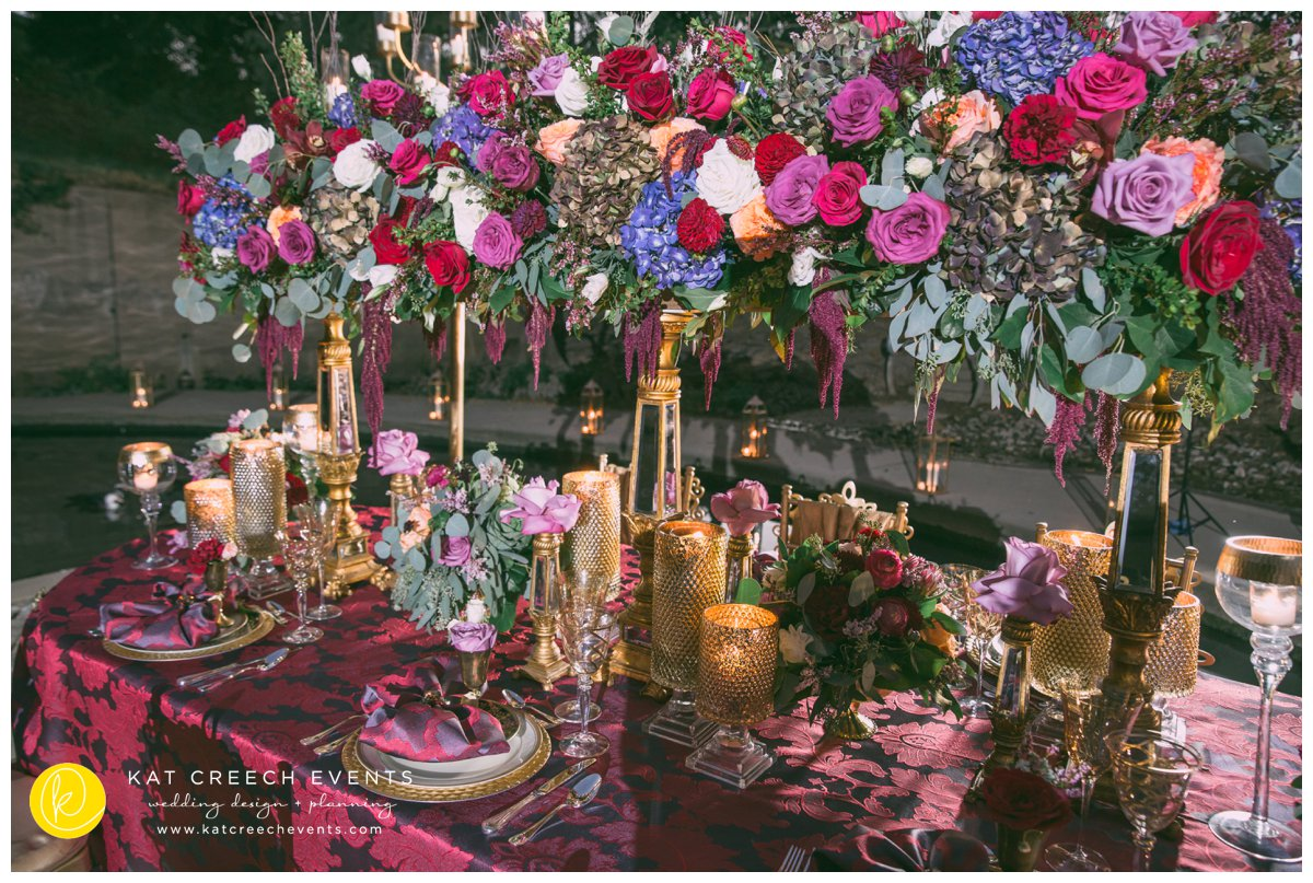 romance on the bayou | outdoor wedding | head table |lanterns | wedding stylist | kat creech events