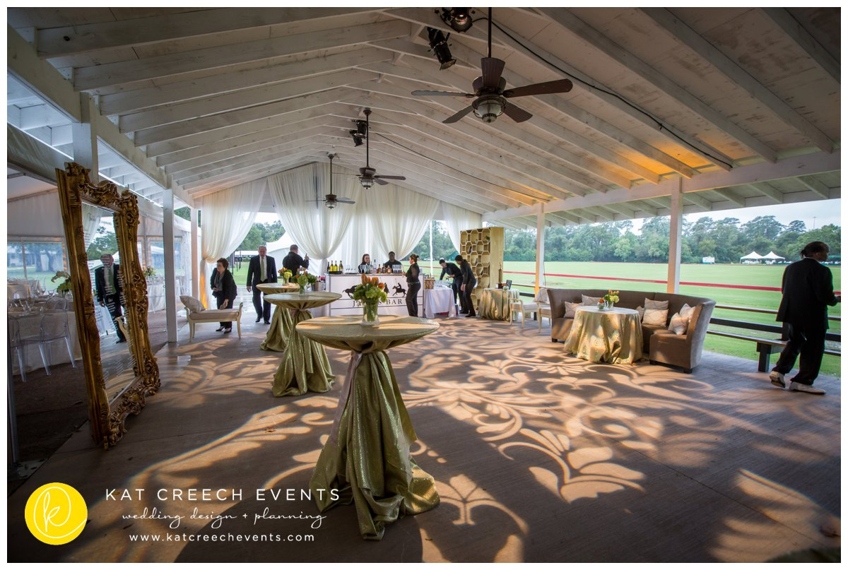 cocktail hour | polo club wedding | gobo lighitng