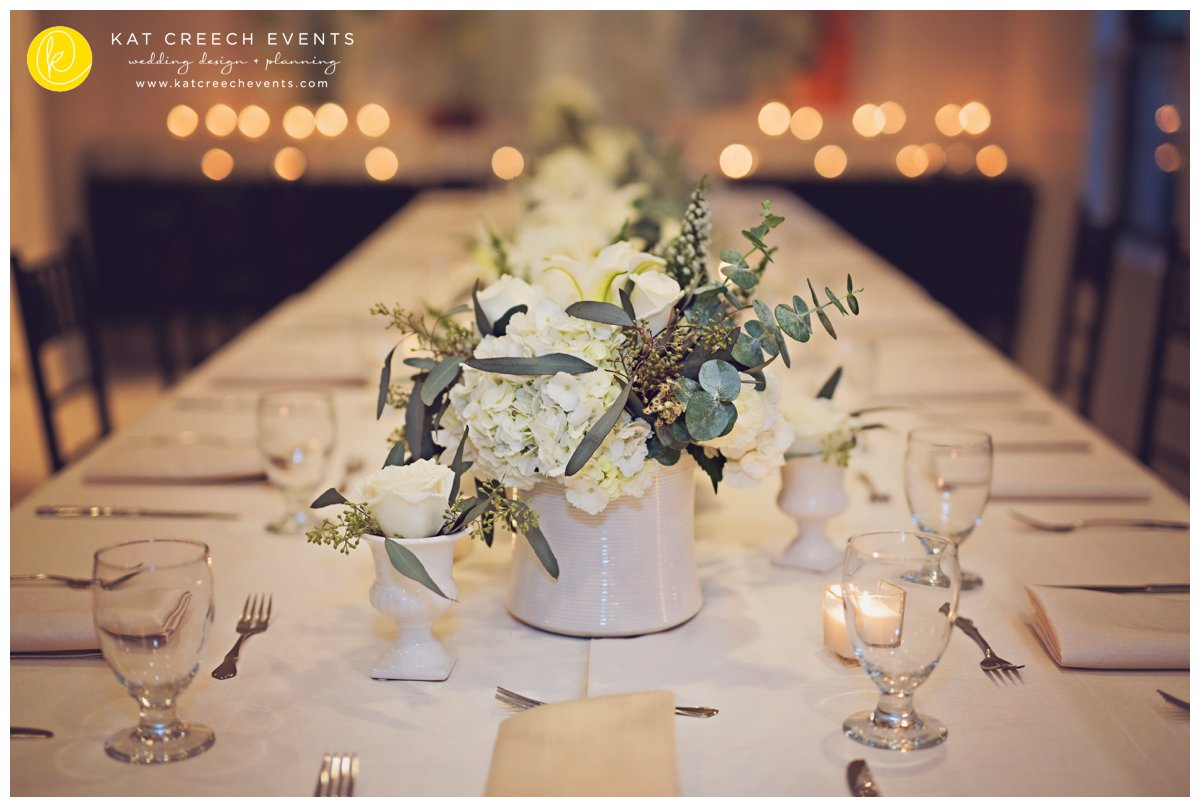winter wedding | green and white wedding |centerpieces
