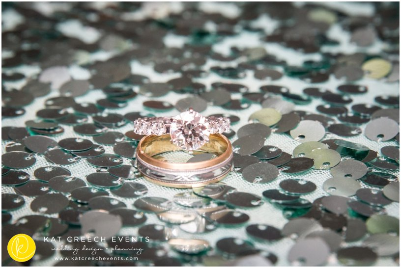 wedding rings | diamond ring | sequin linen