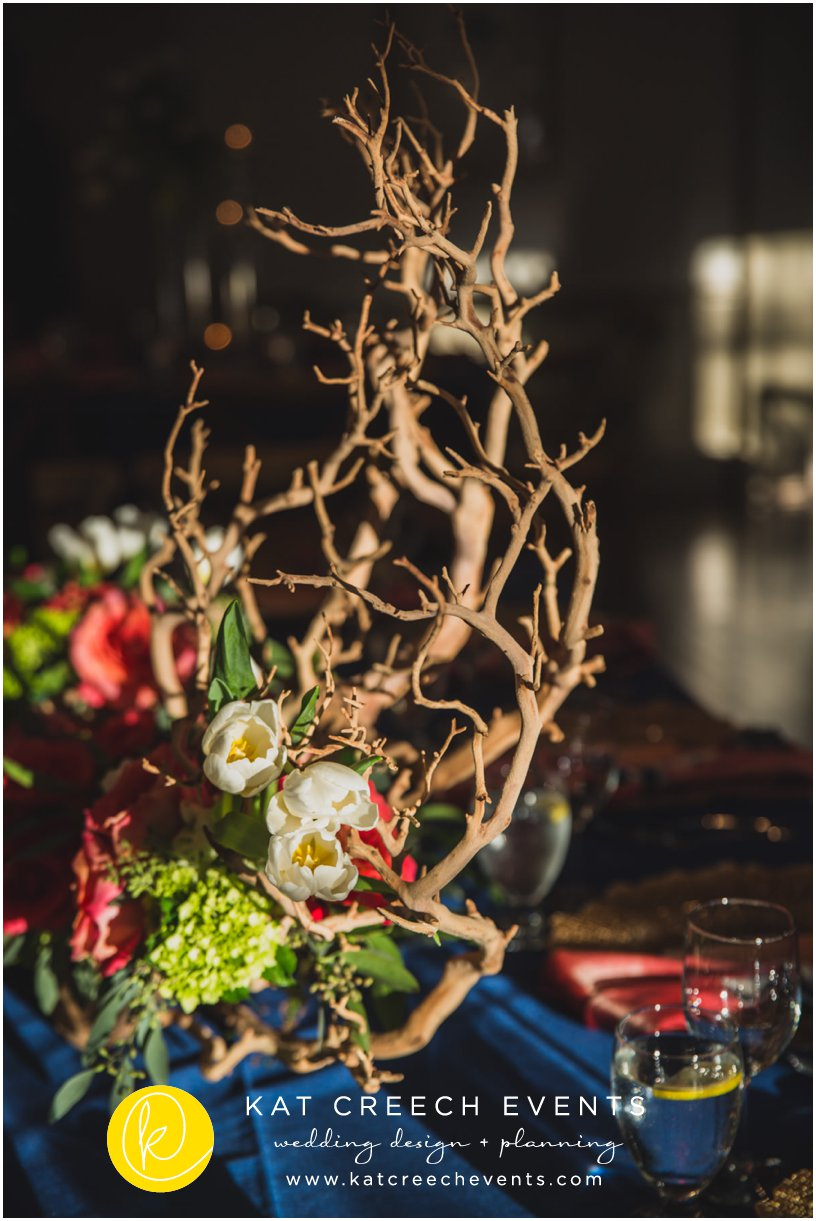 manzanita tree centerpiece | navy and coral wedding | coral peonies | ivory tulips | Kat Creech Events